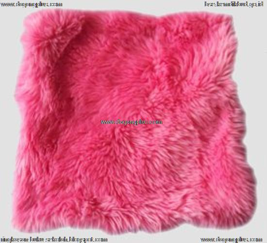 sarung bantal kursi bulu halus - bulu korea motif pink fanta