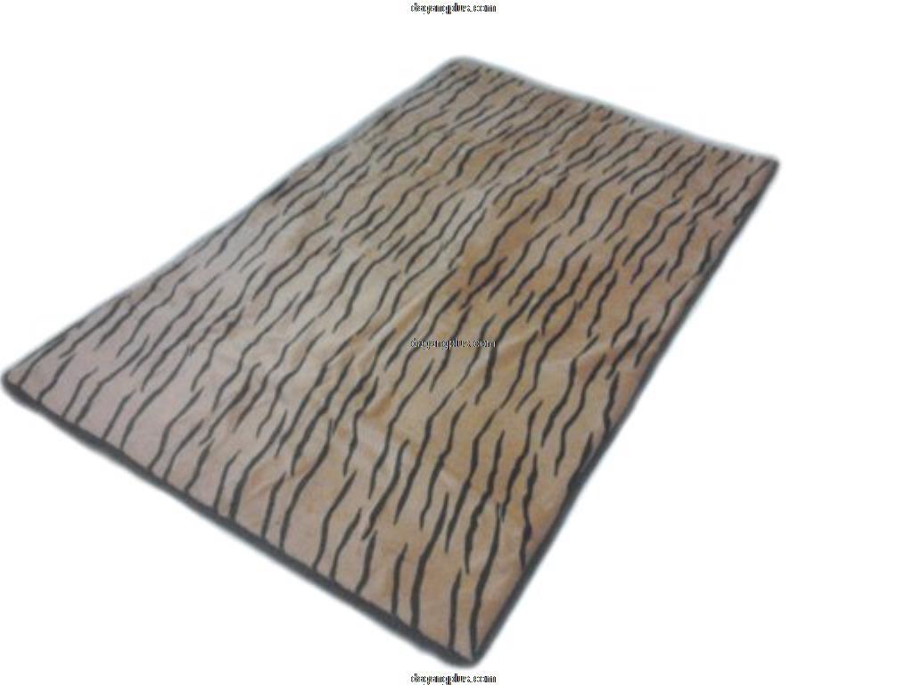 Karpet Bulu Halus Motif Hewan Macan