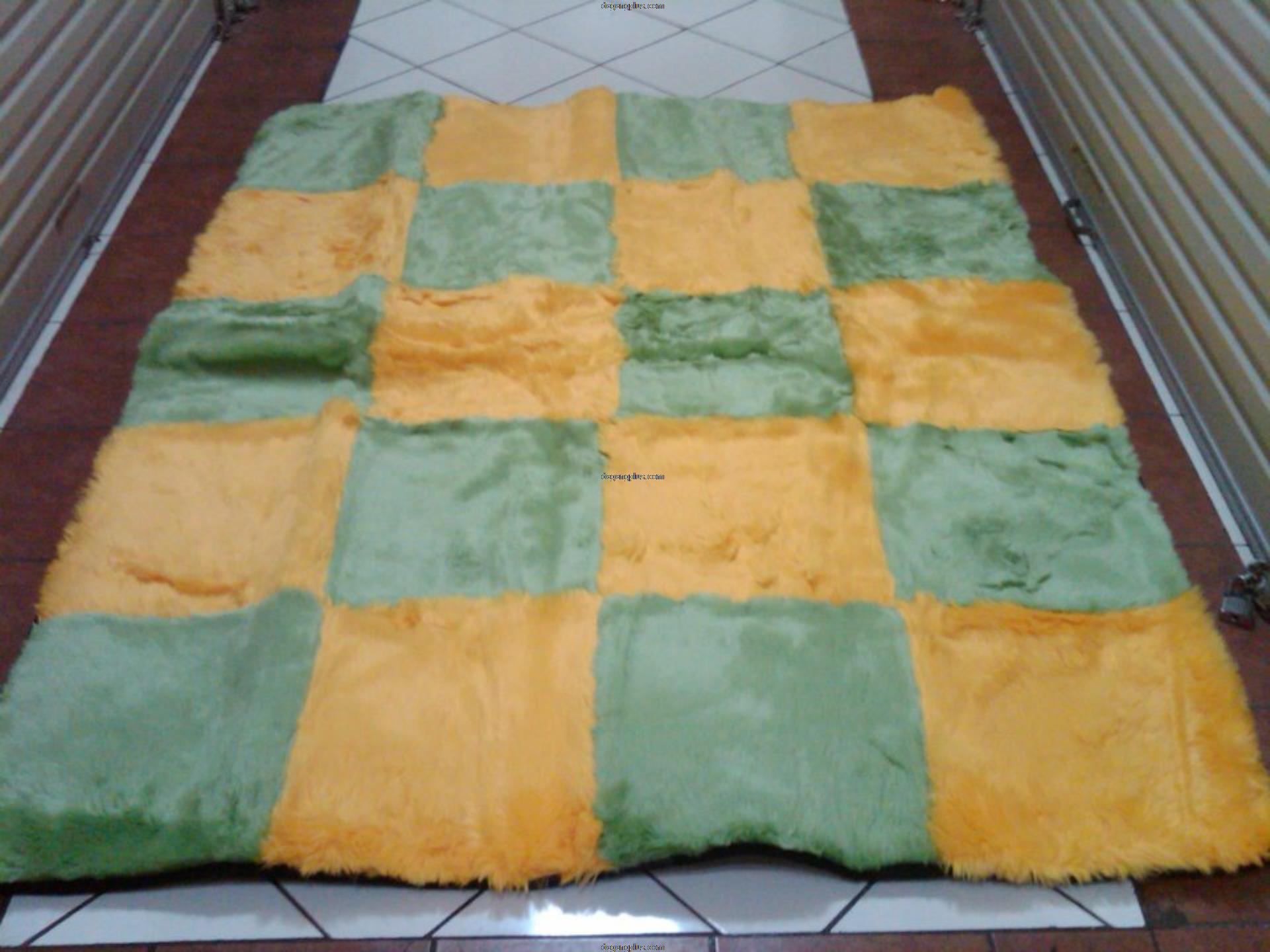 Karpet Bulu Halus Motif Kombinasi Hijau - Kuning
